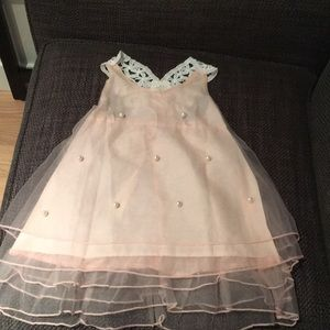 Other - NWT Tulle Party Dress with Pearls and Lace